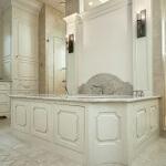 Concave master tub surround