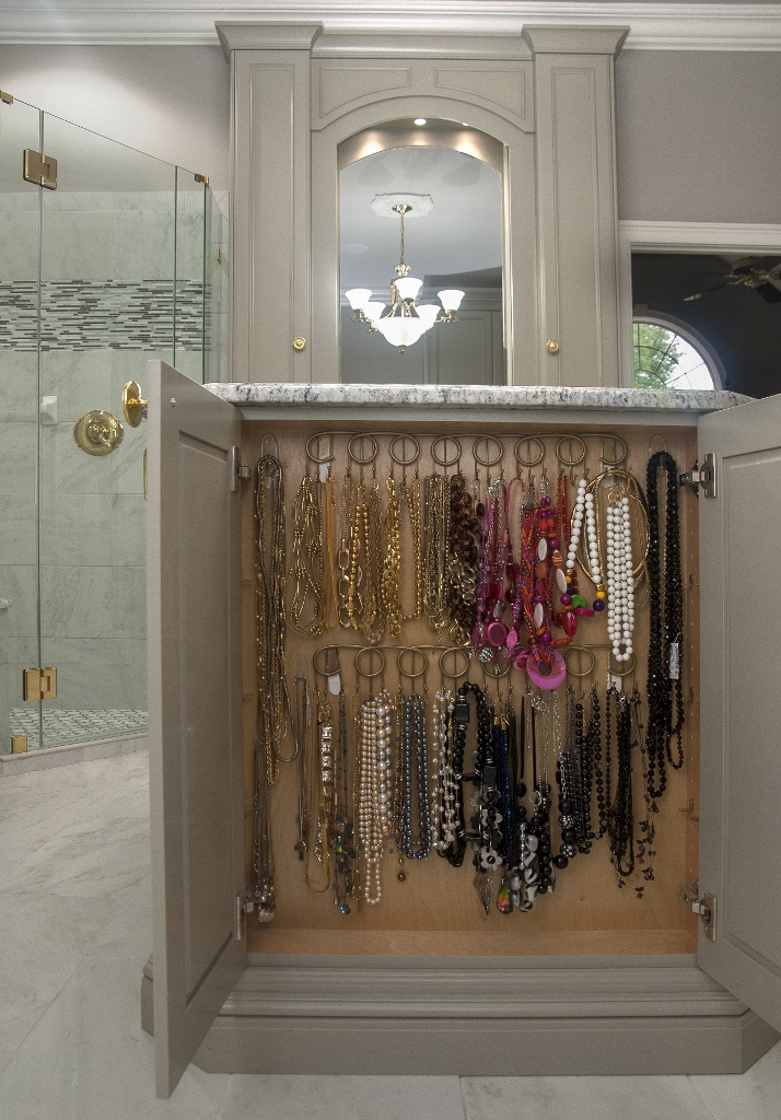 Hanging Necklaces in Master Bathroom Island