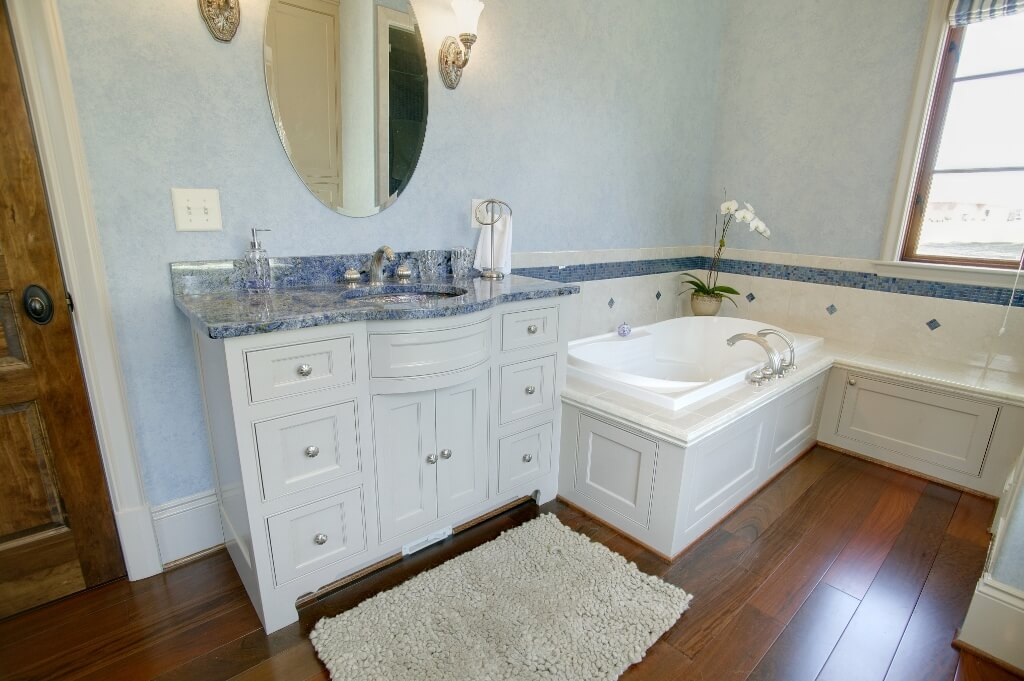 Inset doors and drawers in bathroom