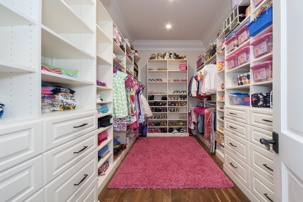 Little Girlu0027s Dream Closet Pink Rug