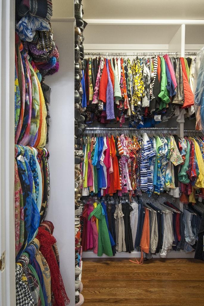 Three tier master closet
