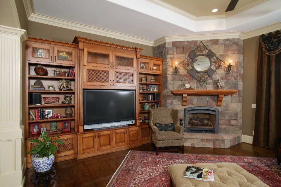 Entertainment 1 Custom Wooden Cabinets And Furniture